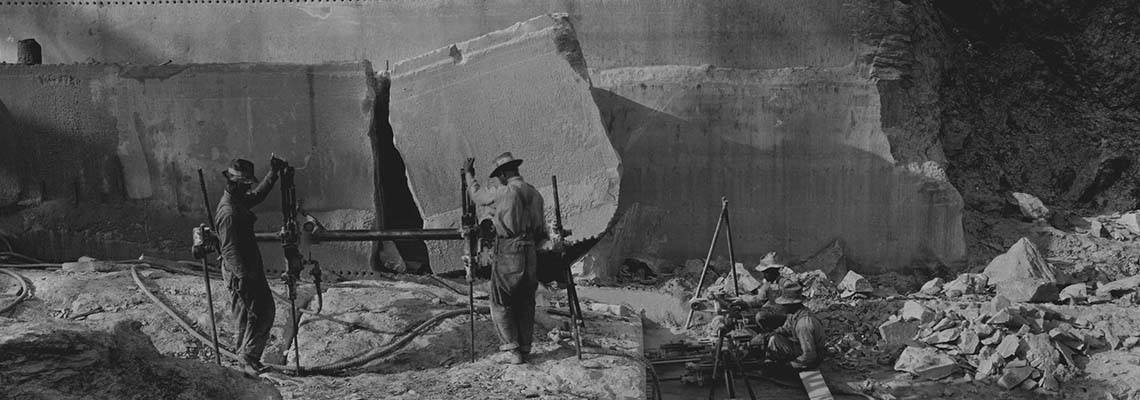 Tennessee marble in the Thrasher Marble Co. quarry in Knoxville, 1961 (Courtesy: Tennessee State Library & Archives)