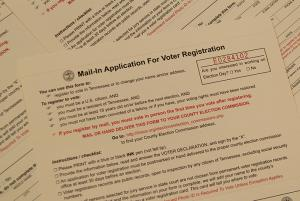 Stack of Tennessee Voter Registration Forms