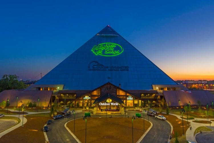 Exterior of Bass Pro Shop from TSLA Decoration of the Memphis Pyramid. Source: basspro.com/pyramid